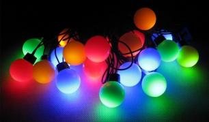 """5,5m 20 LED lempučių šventinė girlianda """"Dideli burbulai"""". (Galimi spalvų pasirinkimai)"""