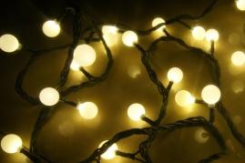 """8,5m 100 LED lempučių šventinė girlianda """"Maži burbulai"""". (Galimi spalvų pasirinkimai)"""