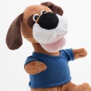 Šokantis pliušinis šuo su garsiakalbiu