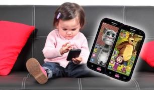 """Žaislinis išmanusis telefonas su linksmiausiais personažais: """"Katinu Tomu"""" bei """"Maša i Medved""""!"""