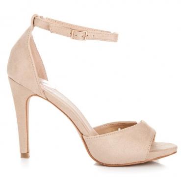 Ekstravagantiški batai moterims