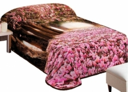 """Lovos užtiesalas su 3D efektu """"Rožinis miškas"""", 155 x 220 cm"""