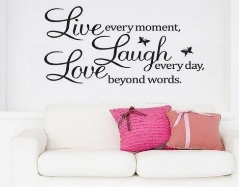 "Lipdukas sienų dekoravimui ""Live Laught Love"", 60 x 40 cm"