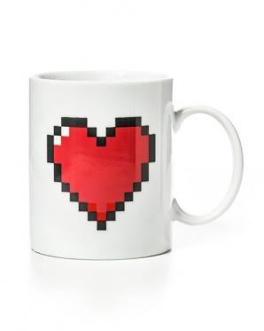 """Spalva keičiantis puodelis """"Pikselių širdelė"""", 330 ml"""