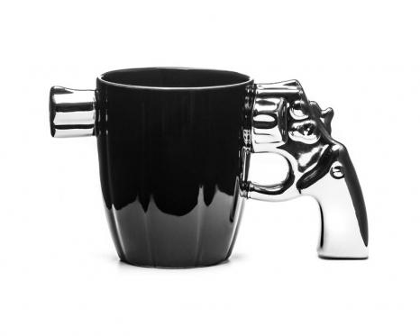 """""""Šerifo"""" puodelis su šautuvo formos rankena, 360 ml"""