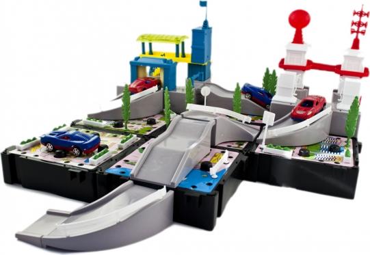 """Žaislų rinkinys """"Degalinė ir automobilių plovykla"""""""