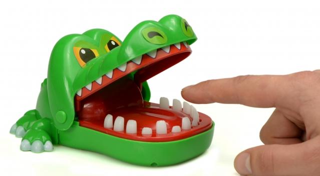 "Stalo žaidimas ""Krokodilo dantistas"""