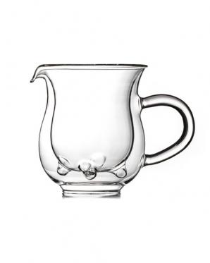 Stiklinis indelis pienui