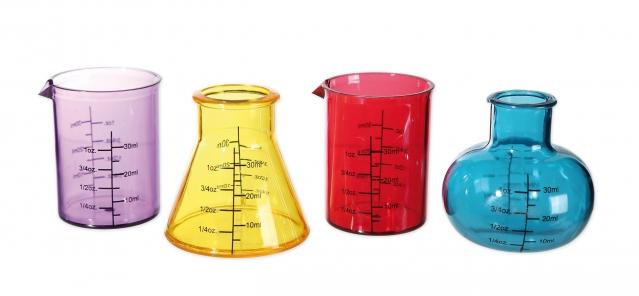 """Stikliukų rinkinys """"Chemijos laboratorija"""" 4 vnt"""