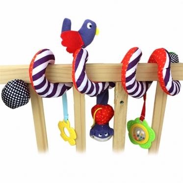 Pliušinis žaislas kūdikio lovytei
