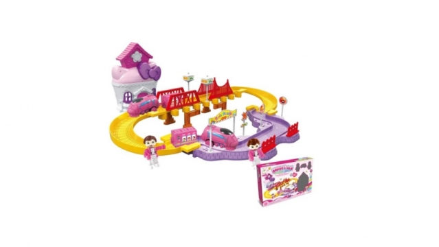 """Žaislų rinkinys """"Traukinukas ir namelis"""""""
