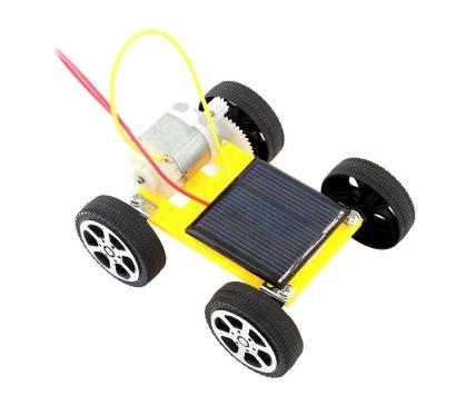Saulės baterija varomas automobilis, 8 x 7,5 x 3,2 cm