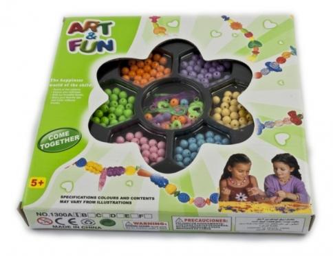 """Spalvotų plastikinių karoliukų rinkinys """"Art&fun"""""""