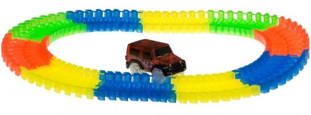 """""""72 toys"""" lenktynių trasa ir mašinėle, 80 dalys"""