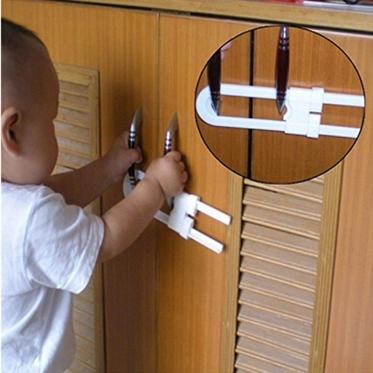 Spintelių durelių užraktas nuo vaikų, 18 x 4,3 cm